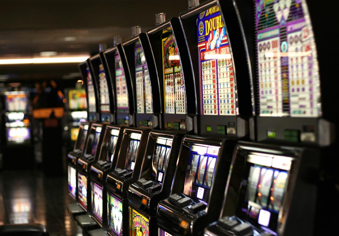 Игровые автоматы игро сервис джой казино телефон скачать