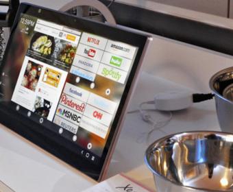 Alcatel представил специальный планшет для использования на кухне – Xess