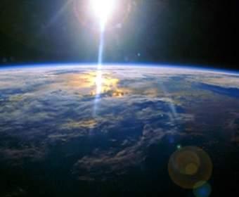 Где найти удивительные снимки Земли из космоса