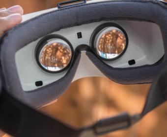 В очках виртуальной реальности Samsung Galaxy VR можно будет просматривать веб-страницы