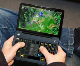 Самые популярные портативные игровые консоли на рынке