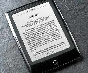 Ридер Bookeen Cybook Odyssey имеет E-Ink Pearl дисплей