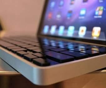 Клавиатура для iPad от Levitatr со всплывающими кнопками
