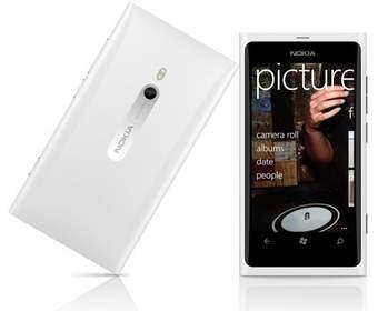 Nokia Lumia 910 с камерой 12Mpx не будет
