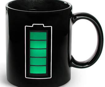 Термокружка «Батарейка» настоящего гика от Лебедева