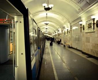 В Москве заработал Wi-Fi еще на двух ветках метро