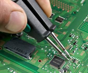 Пайка конденсаторов на материнских платах игровых консолей