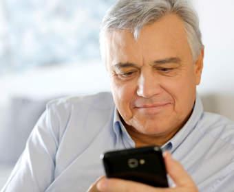 Смартфон для пожилых людей - что выбрать?