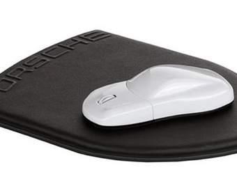 Мышка и коврик на тему Porsche