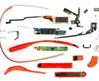 Производство очков Google Glass отдадут Motorola