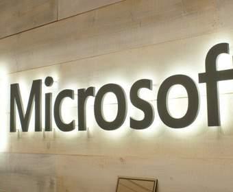 Lumia, Surface (Pro 4 и Book) представлены Microsoft