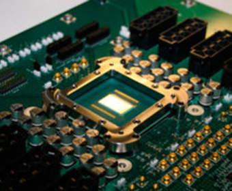 Инженеры создали 110-ядерный мобильный процессор